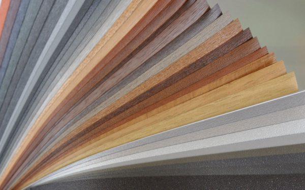 Folienfinder von profil dekor - für die individuelle Beschichtung von Kunststoffrahmen